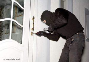 Làm sao để ngăn chặn tình hình trộm cắp ở nhà chung cư hiệu quả?